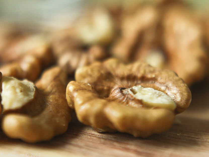 К чему снятся орехи много